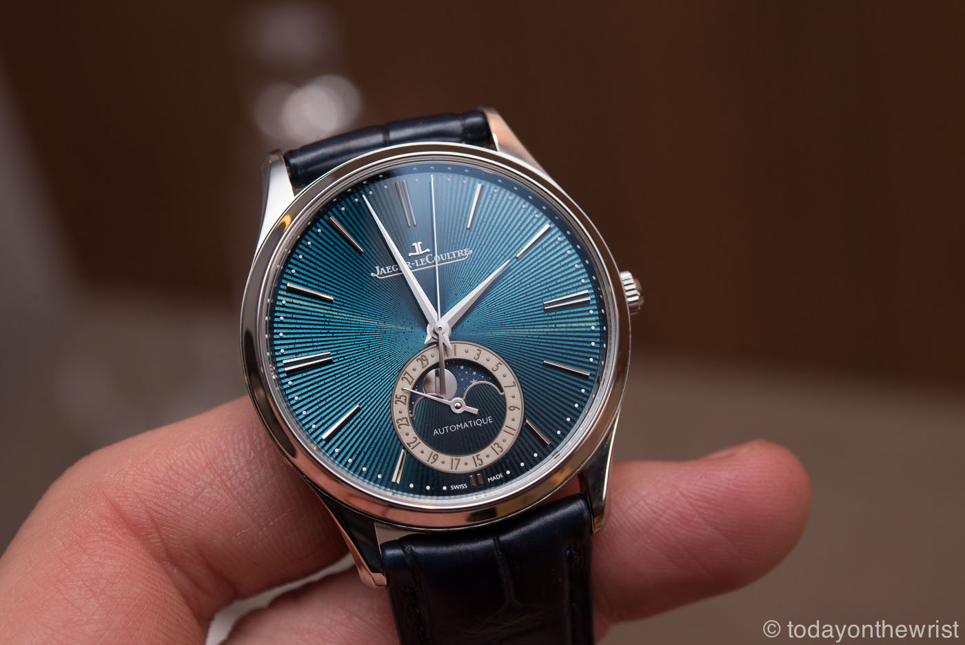 Jaeger-LeCoultre Master Ultra Thin Moonphase Enamel