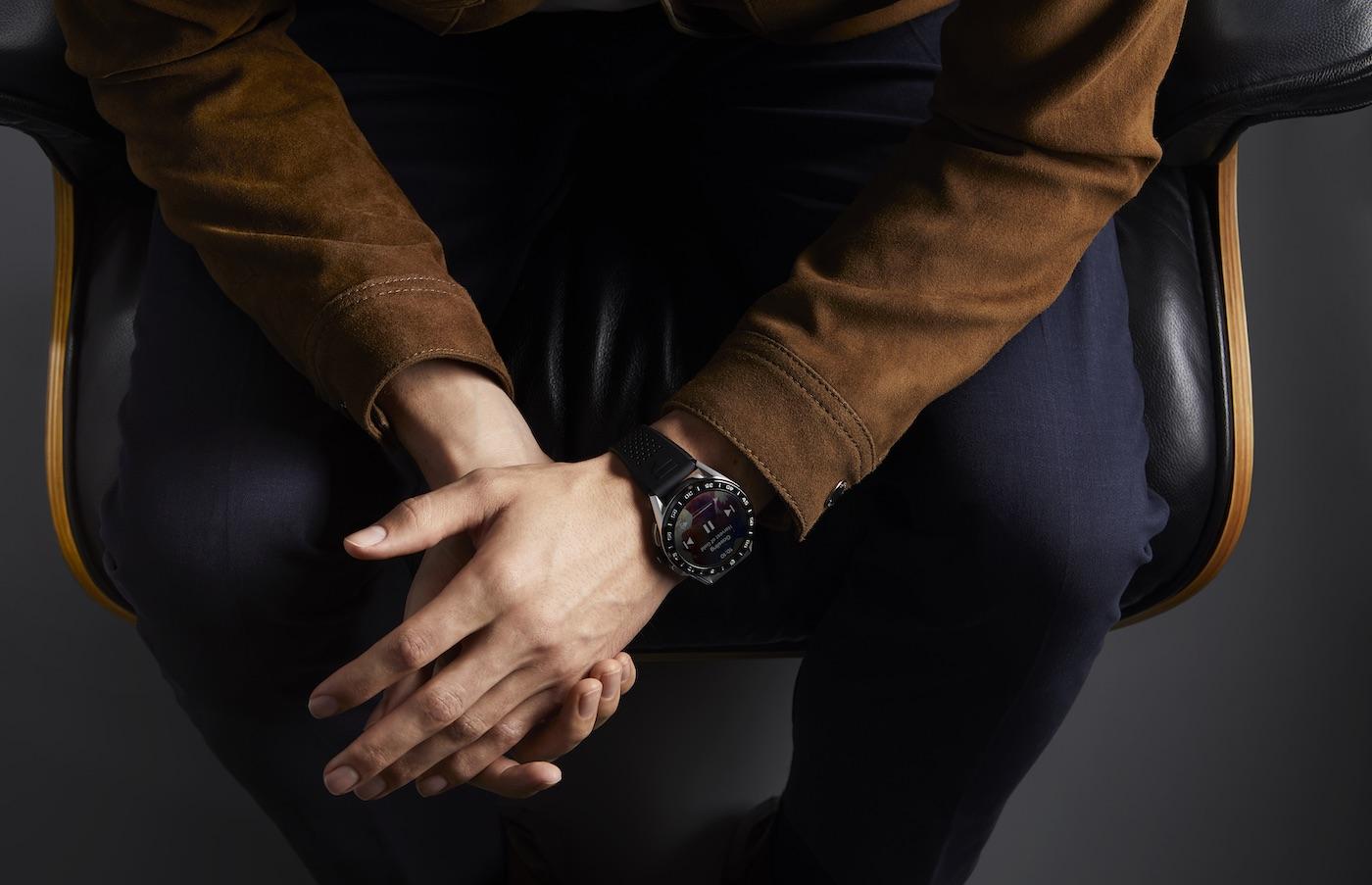 TAG Heuer представили новые смарт-часы Connected